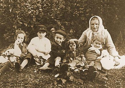 historická rodinná fotografie