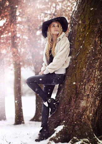 zimní focení na sněhu