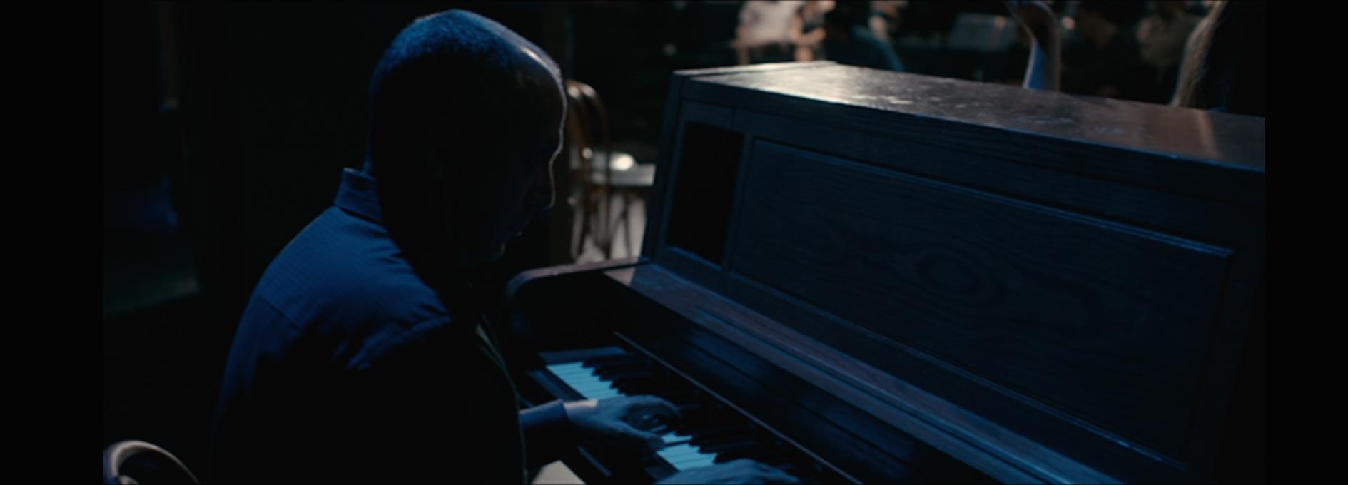 Pianist Seth