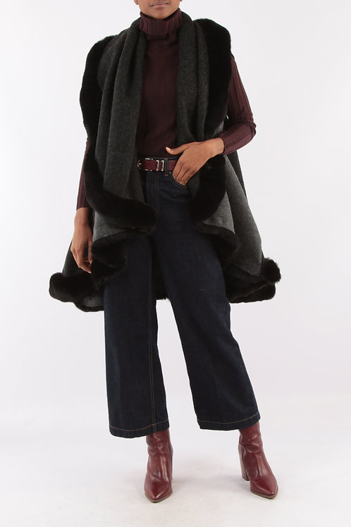Sleeveless Vest With Faux Fur