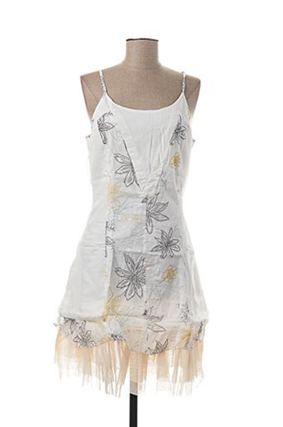 Sleeveless White Dress With Adjustable Straps