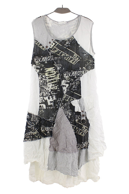 White/Black Crinkled Sleeveless A-Line Dress With Lining