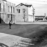 Fremont St.