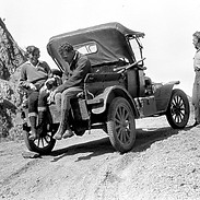 MID-1920s Model-T Ford Pickup 1