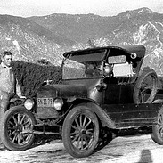 Mid-1920s Model-T ford Pickup 2