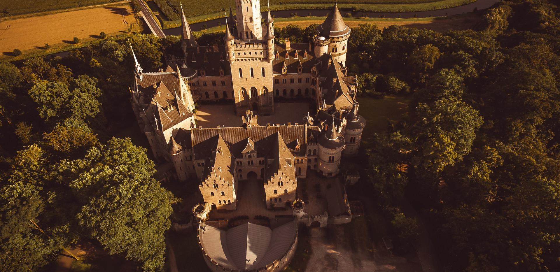castle-2041351.jpg