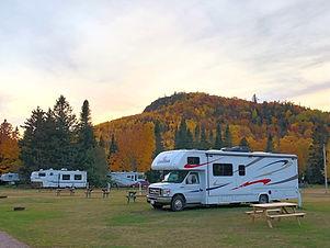 camping-3services_gaspesie_edited.jpg