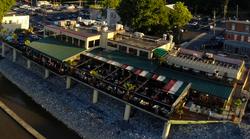 Duke's Riverside Bar & Grill