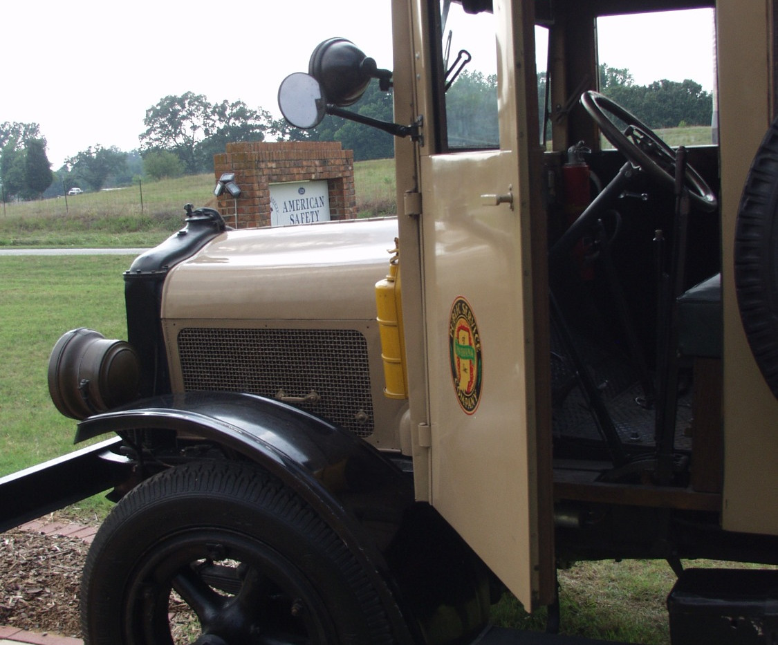 1925 White 3/4 Ton Flatbed