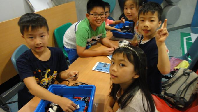 STEM課程-Lego Boost