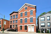 2235 Clybourn Front