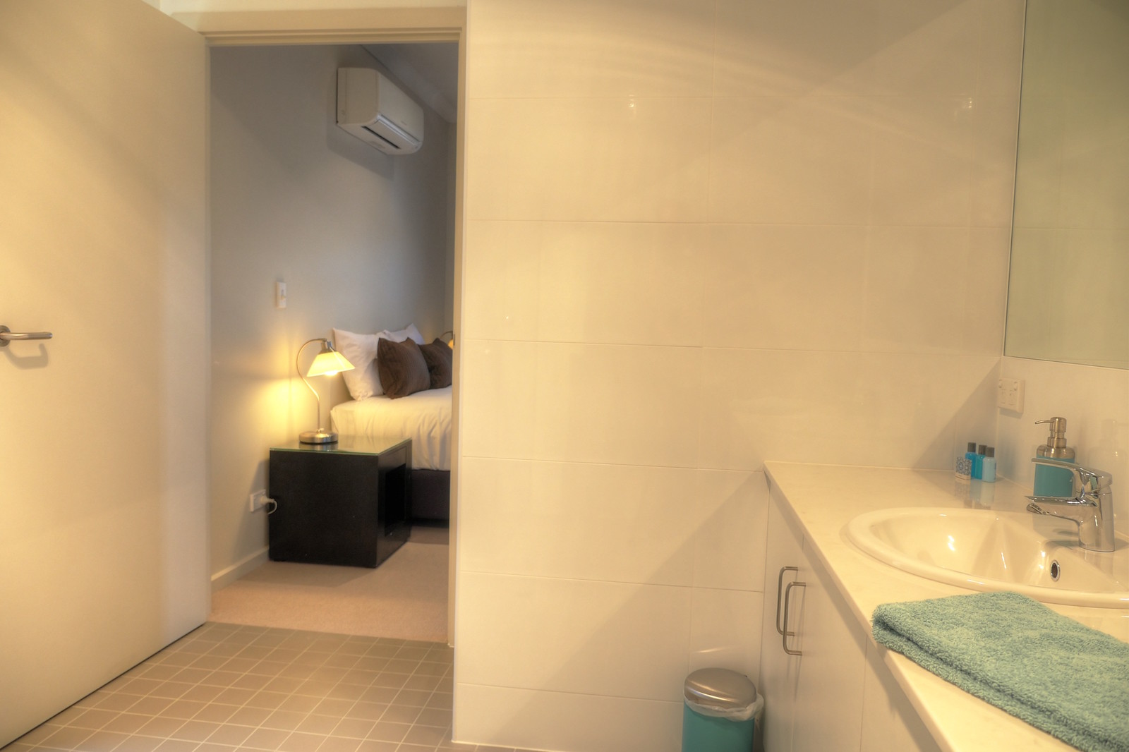 2 bedroom - bathroom-ensuite