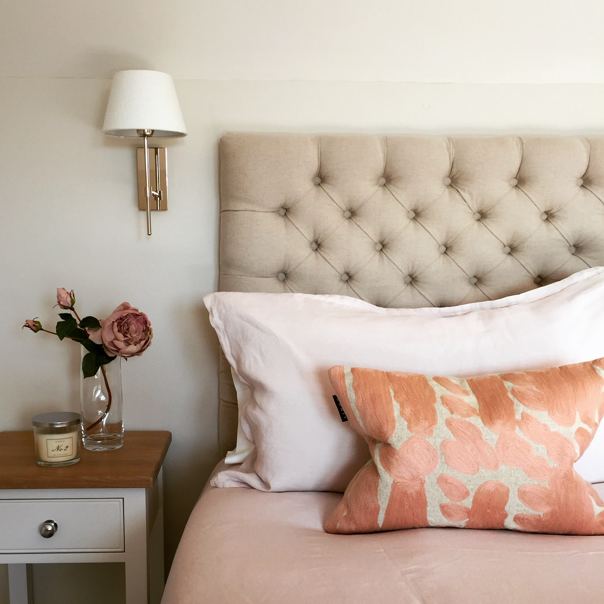 Blush Bedroom in Lahinch