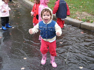 puddle jumping at Gan Gurim, Israeli day care in Rockville MD