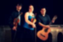 Ondřej Koláčný - viola, Jitka Koláčná Břízová - housle, Edgar Omar Rojas Ruíz - kytara