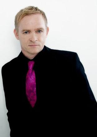 United Kingdom Singer
