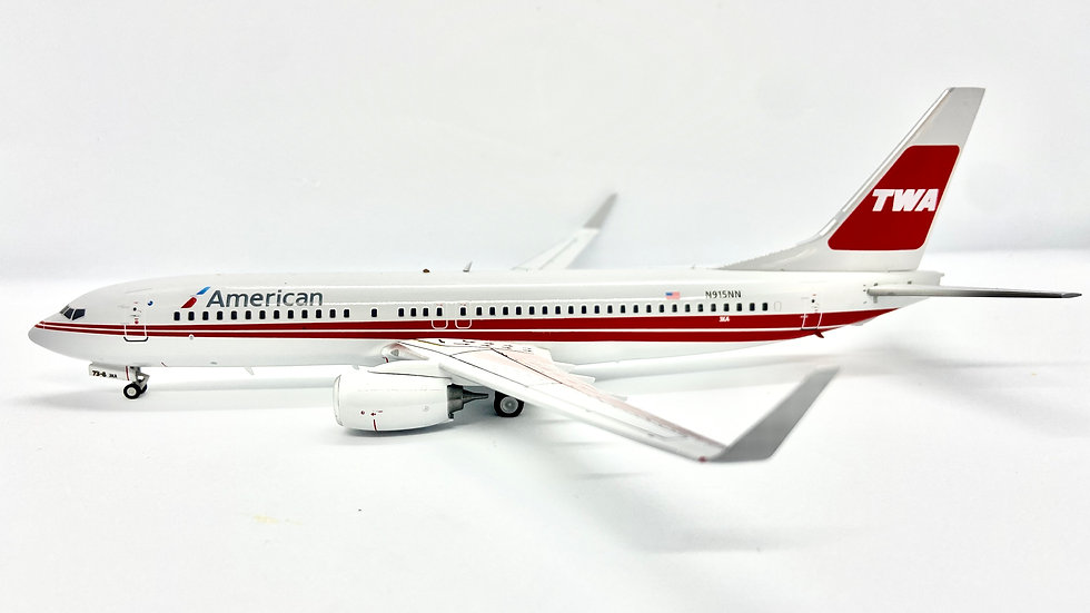 Inflight - 200 B-737-800 American TWA