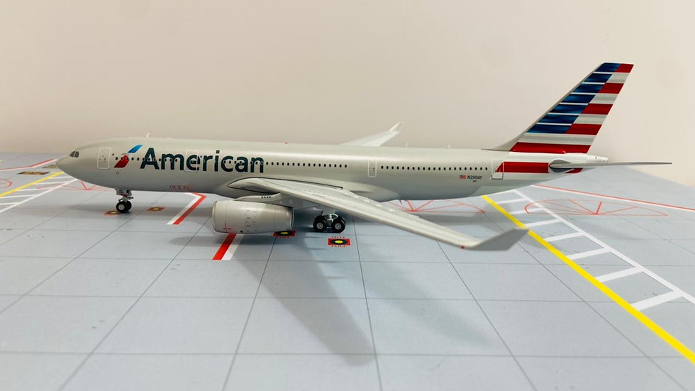Gemini Jets 200 Airbus A-330-200 American Airlines