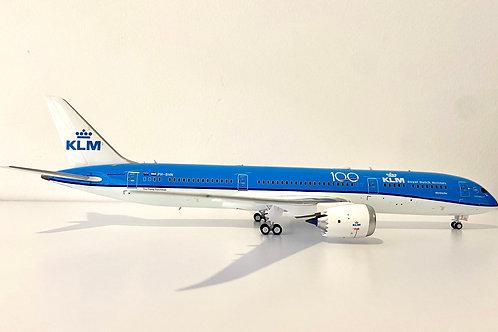 INFLIGHT-200 B - 787 KLM