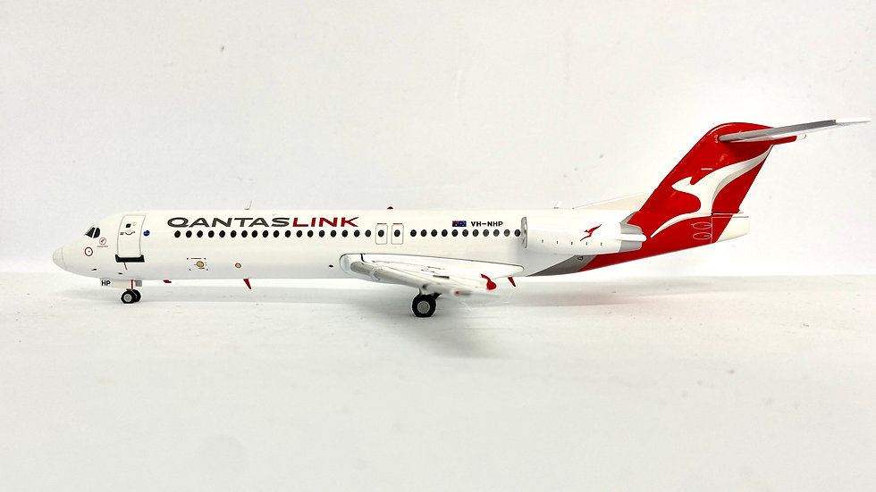 Gemini Jets Fokker-100 Qantas