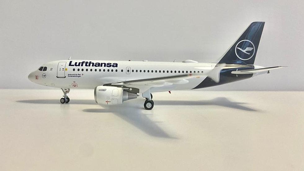 J  Fox  Airbus A-319 Lufthansa D-AILW