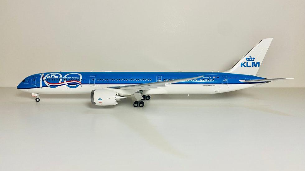 Gemini jets Boeing 787-10  KLM