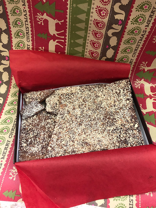 Almond buttercrunch gift box