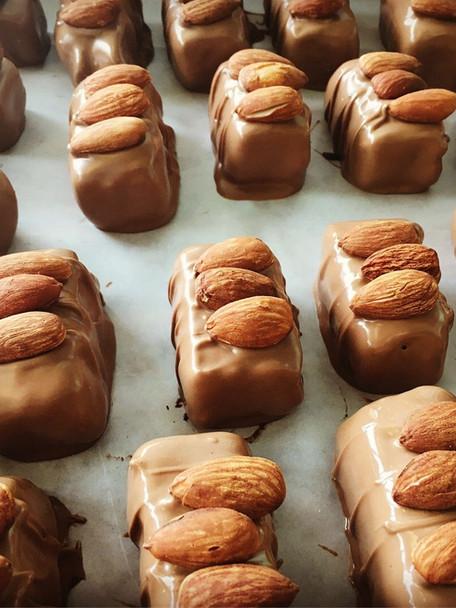Milk coconut almond bars