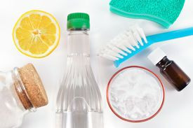 The Benefits of Vinegar in HouseCleaning