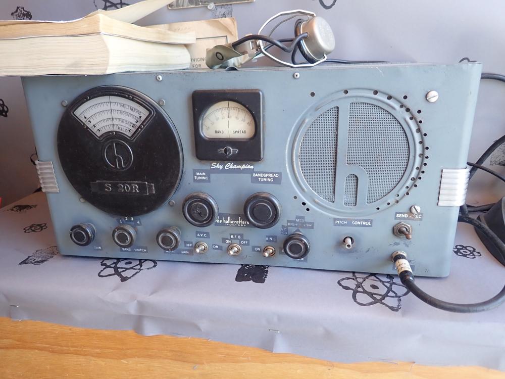 Hallicrafters ham radio