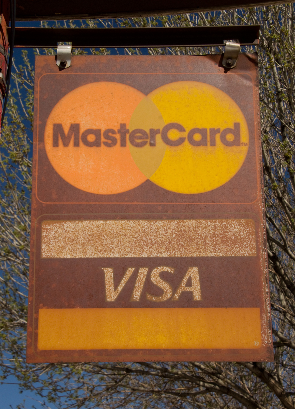 Master Card Visa sign.jpg