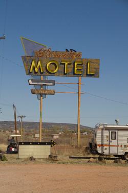 Bluewater Motel (rt 66).jpg