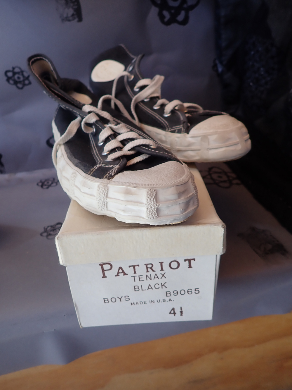 PATRIOT sneakers