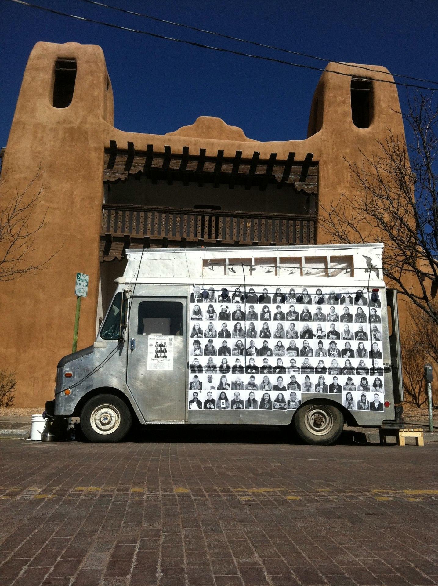 E Pluribus Unum: Santa Fe
