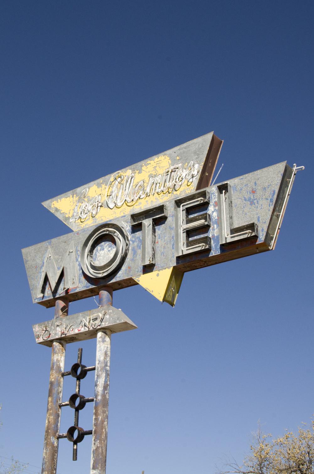 Los Alamitos Motel 2.jpg