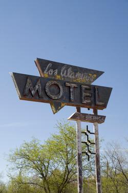 Los Alamitos Motel 1.jpg