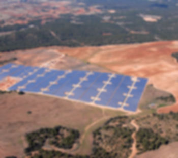 Olmedilla_spain_solar_farm_source_fotowa