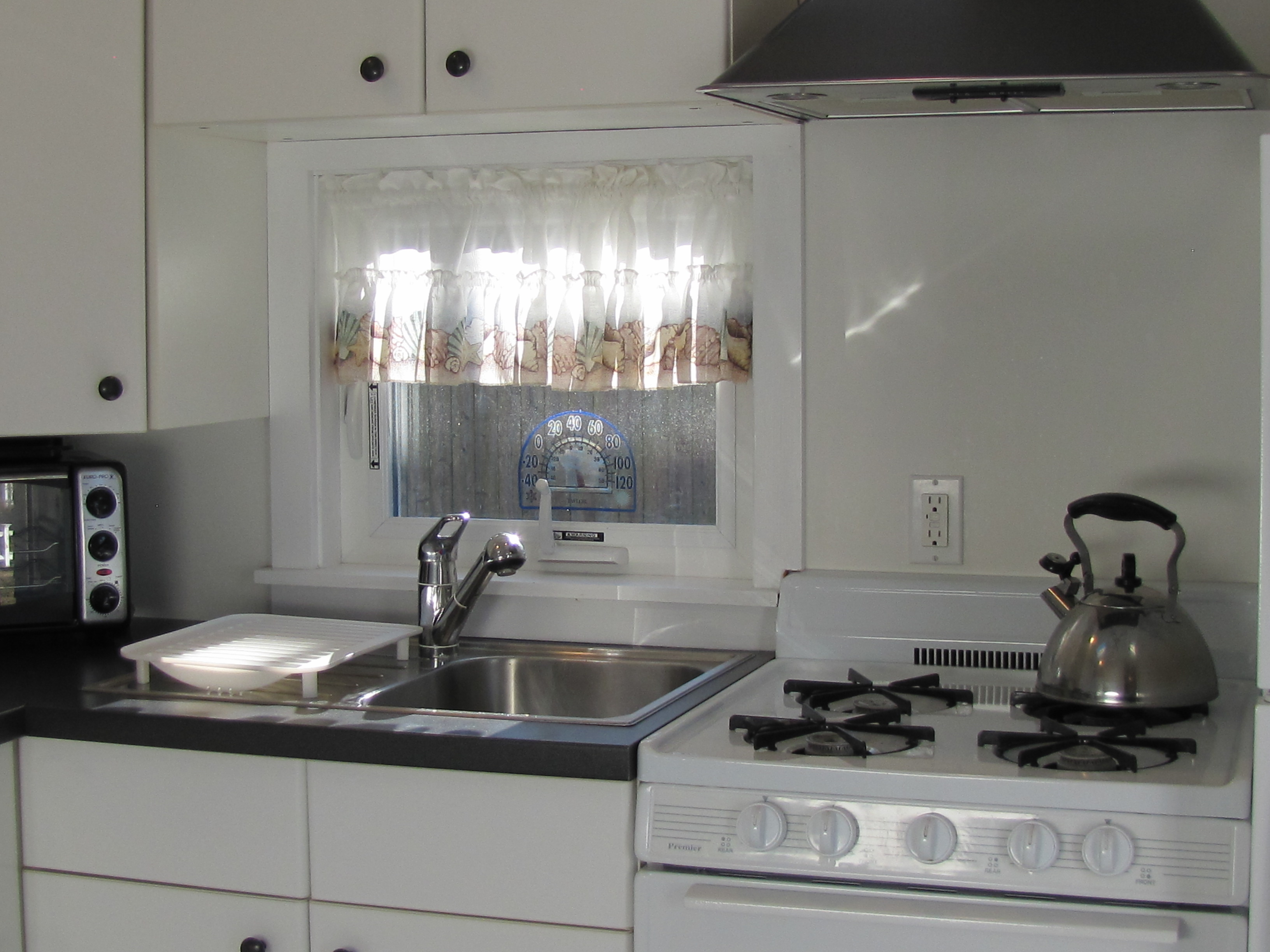 Kitchen Stove and Sink