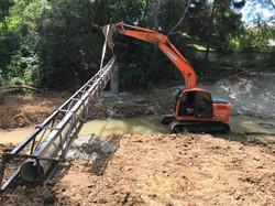 Serviço de escavadeira