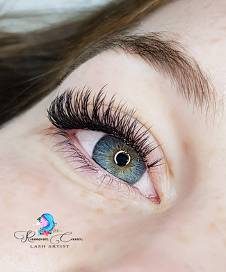 Classic Luxurious Cashmere Full Eyelash Extensions London