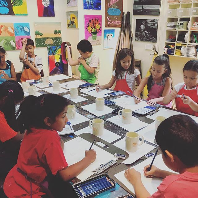 Camp Drawing Day! #beescreativeartstudio #edgewaternj #ArtClasses #art #Artstudio #kid #drawing #sum