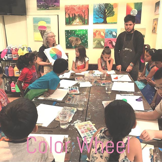 Color wheel#beescreativeartstudio #edgewaternj #ArtClasses #art #Artstudio #colorwheel