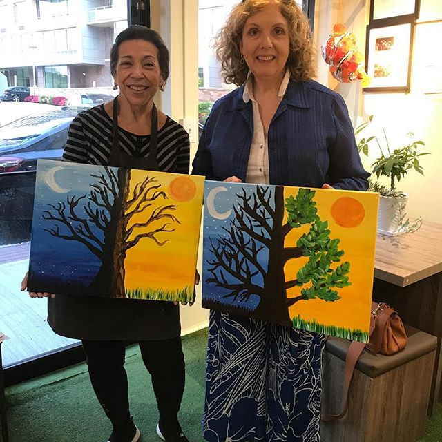 Saturday night out!_#ArtClasses #Artstudio #edgewaternj #beescreativeartstudio