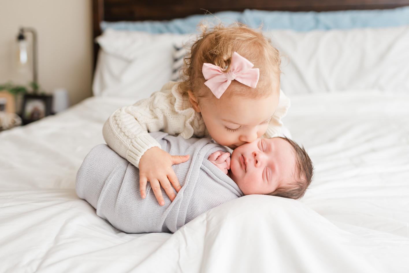 BRECKEN-Newborn-18.jpg