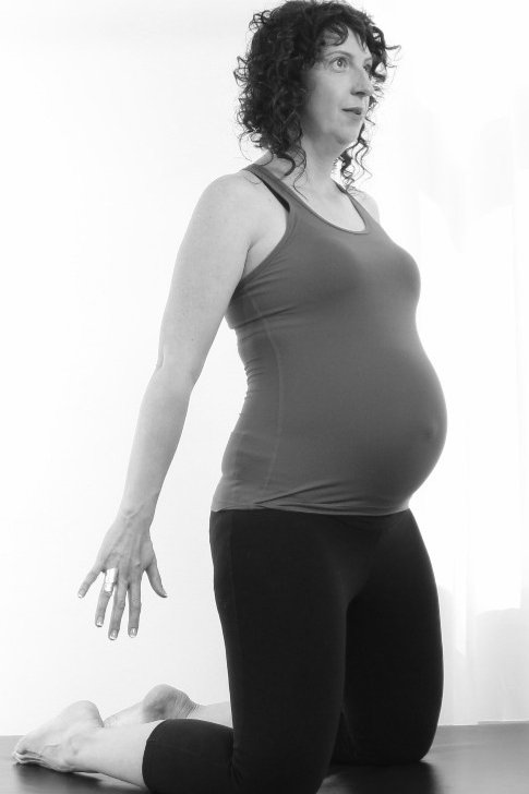 Do your Pre and Postnatal online course for mat and small props
