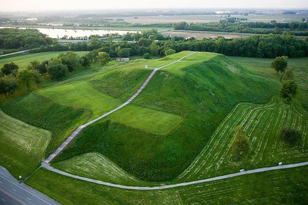 Monks Mound.jpg