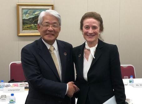 UNICEFヘンリエッタ・フォア事務局長、UNDPウリカ・モデール対外関係・アドボカシー局長と懇談