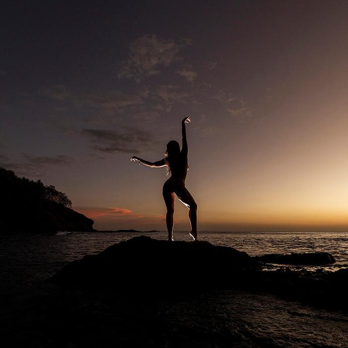 @ely_pilatessupbeach en Costa Rica-012.j