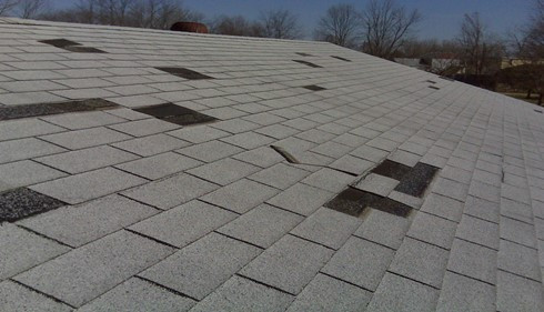 Wind Damaged Shingles West Michigan, Roof Repair, Missing Shingles, Effects of High Speed Wind on roofs, Roofing Specialist, Endura-Roof, Free Inspection