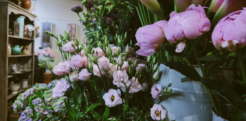 florals at wild about flowers